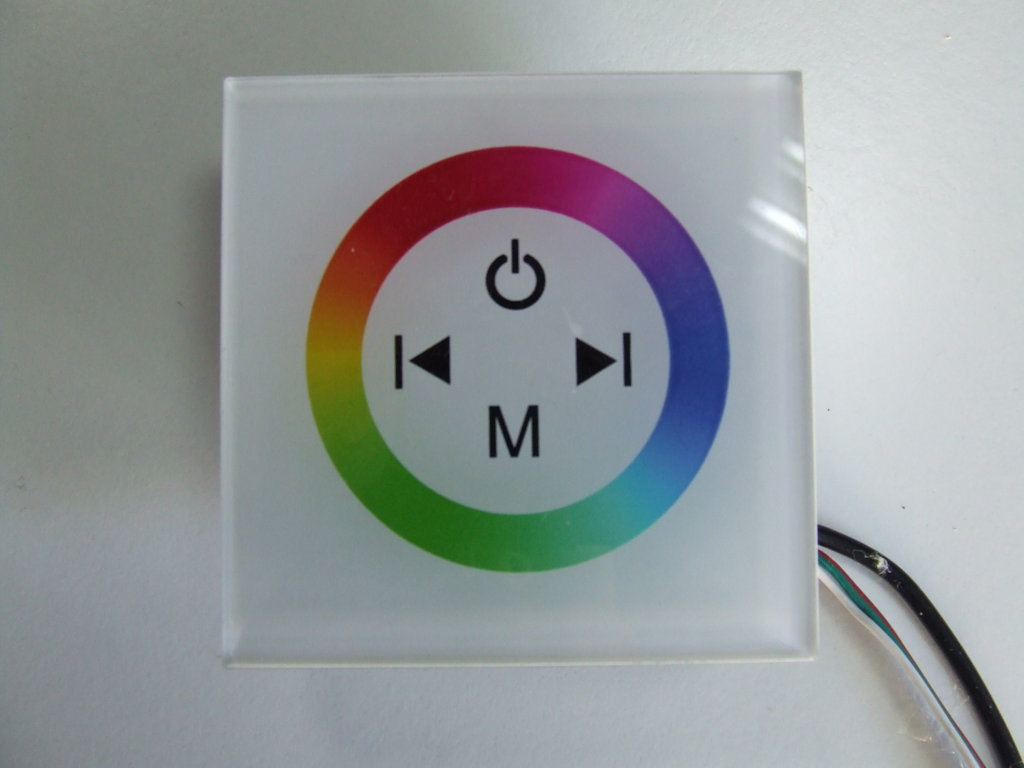 RGB TOUCH PANEL PER TECNOLOGIA A LED 12-24 VOLT 4 AMPERE