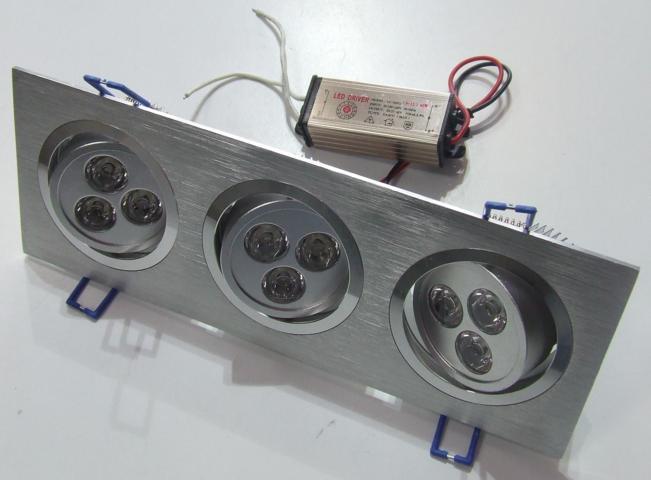 Plafoniere Da Controsoffitto A Led : Plafoniera da controsoffitto con spot orientabili led w